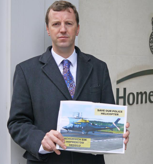 'Save our police helicopter': Jonathan Edwards delivers the petition
