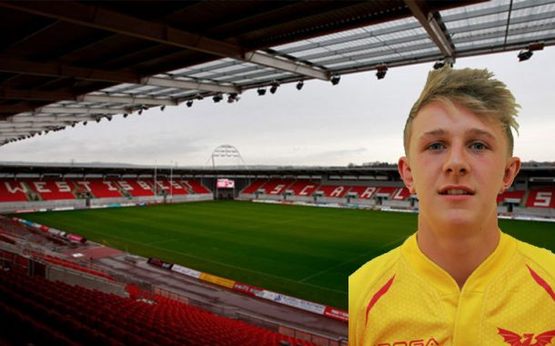 Tributes paid following death of 16 year old Scarlets player